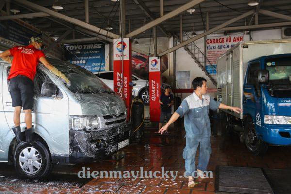 giá máy rửa xe ô tô