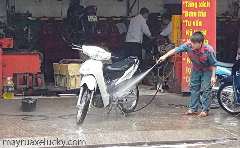có nên mở tiệm rửa xe máy